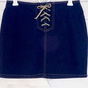 lei Jeans Pencil Skirt Jr 5 Dark Wash  NWOT Tie